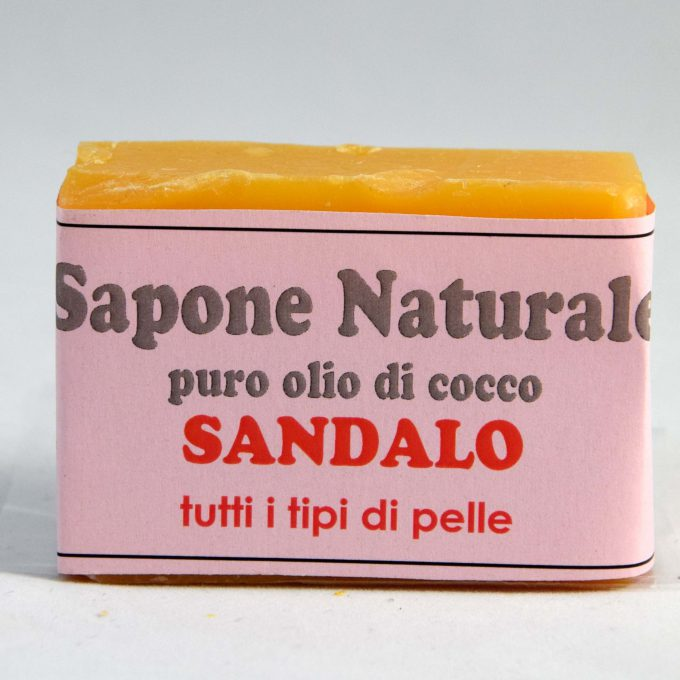 Sapone puro olio di cocco profumato al sandalo. Tonificante per tutti i tipi di pelle